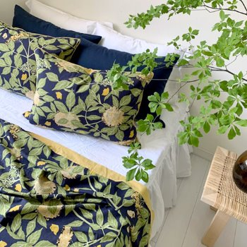 FLOWER LINEN SPREAD 2 - MABELLE NAVY